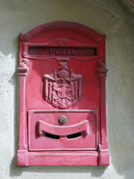 A little more recognizable postbox.